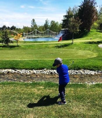 Vancouver Junior beginner golfer training