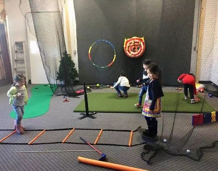 Vancouver Matt Daniel Richmond Junior golf group training lesson with simulator