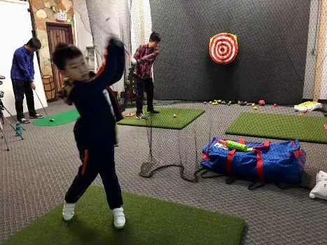 Vancouver Matt Daniel Richmond Junior golf training lesson with simulator