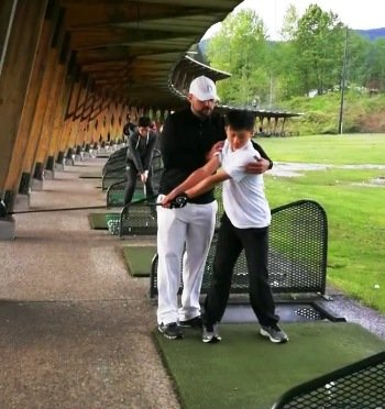 West Vancouver junior golf group practice lesson