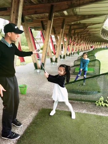 Collingwood school junior beginner golf training program