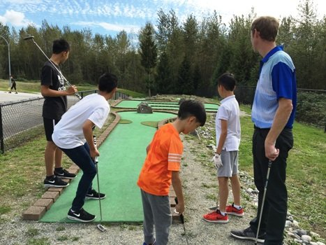 North Vancouver Junior golf pitch and putt class