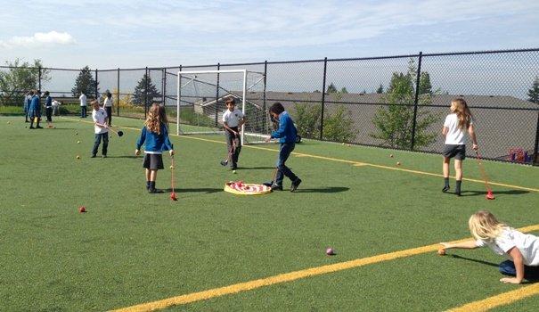 West Vancouver school junior kids learning golf
