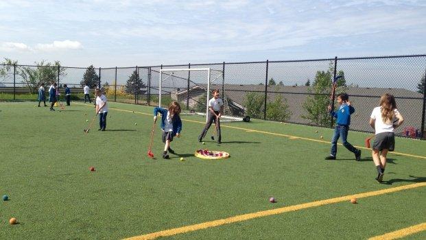 kids fun golf in Collingwood school