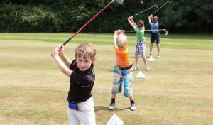 Vancouver After school junior golf beginner group lesson coaching 温哥华青少年儿童高尔夫球团体课程培训